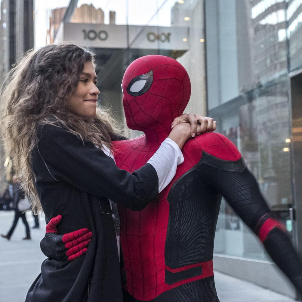 d817d07a82b30 Movie review: 'Spider-Man' swings again with a successful sequel ...