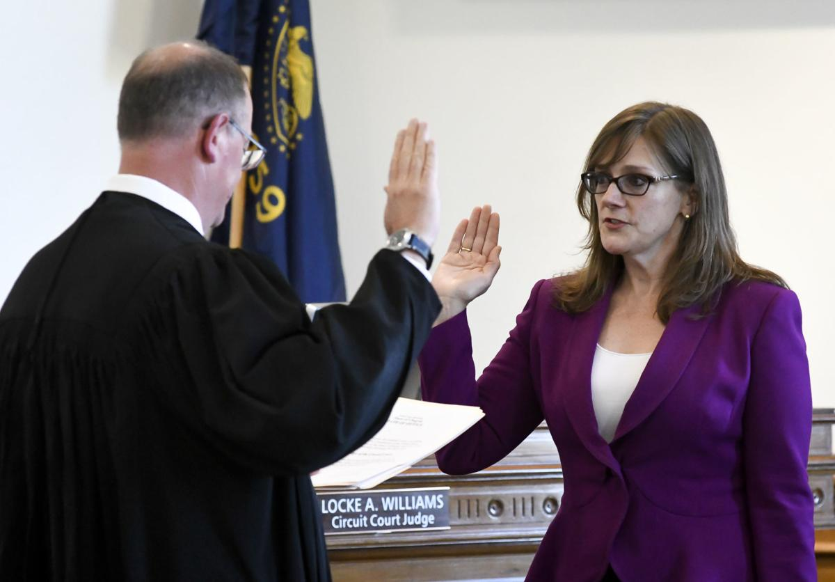 New Benton judge sworn in | Local | gazettetimes com