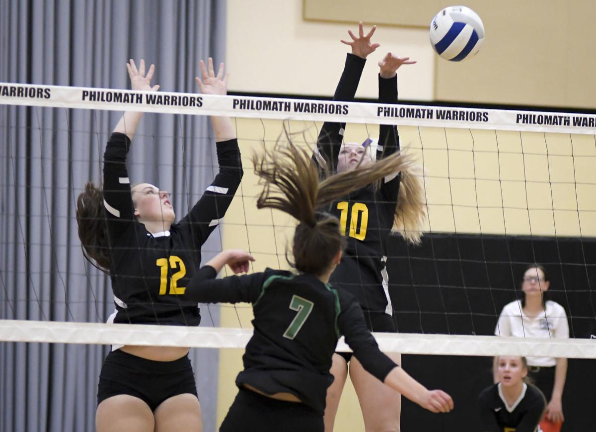 Gallery: Sweet Home at Philomath volleyball 01