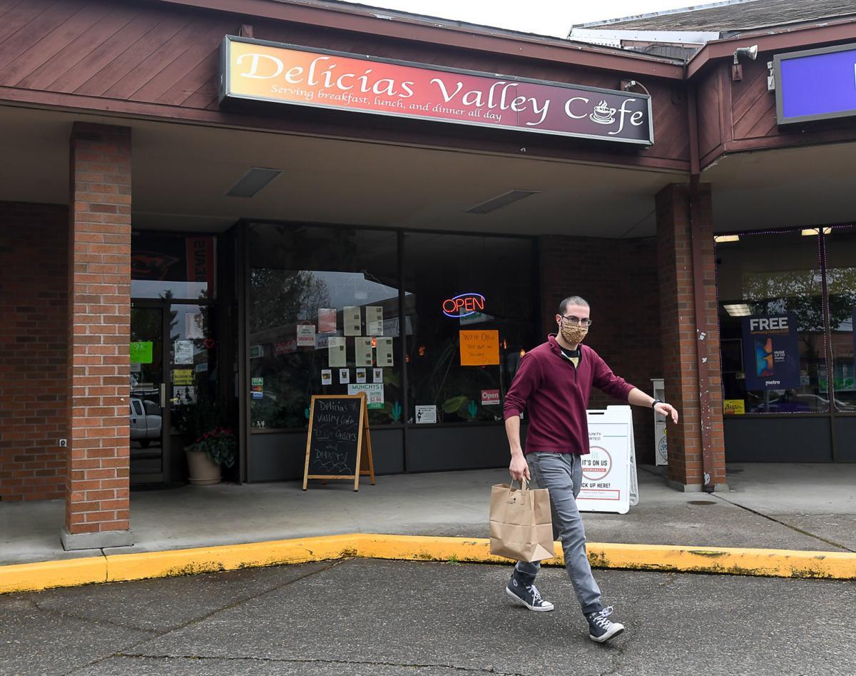 Delicias Valley Cafe 03