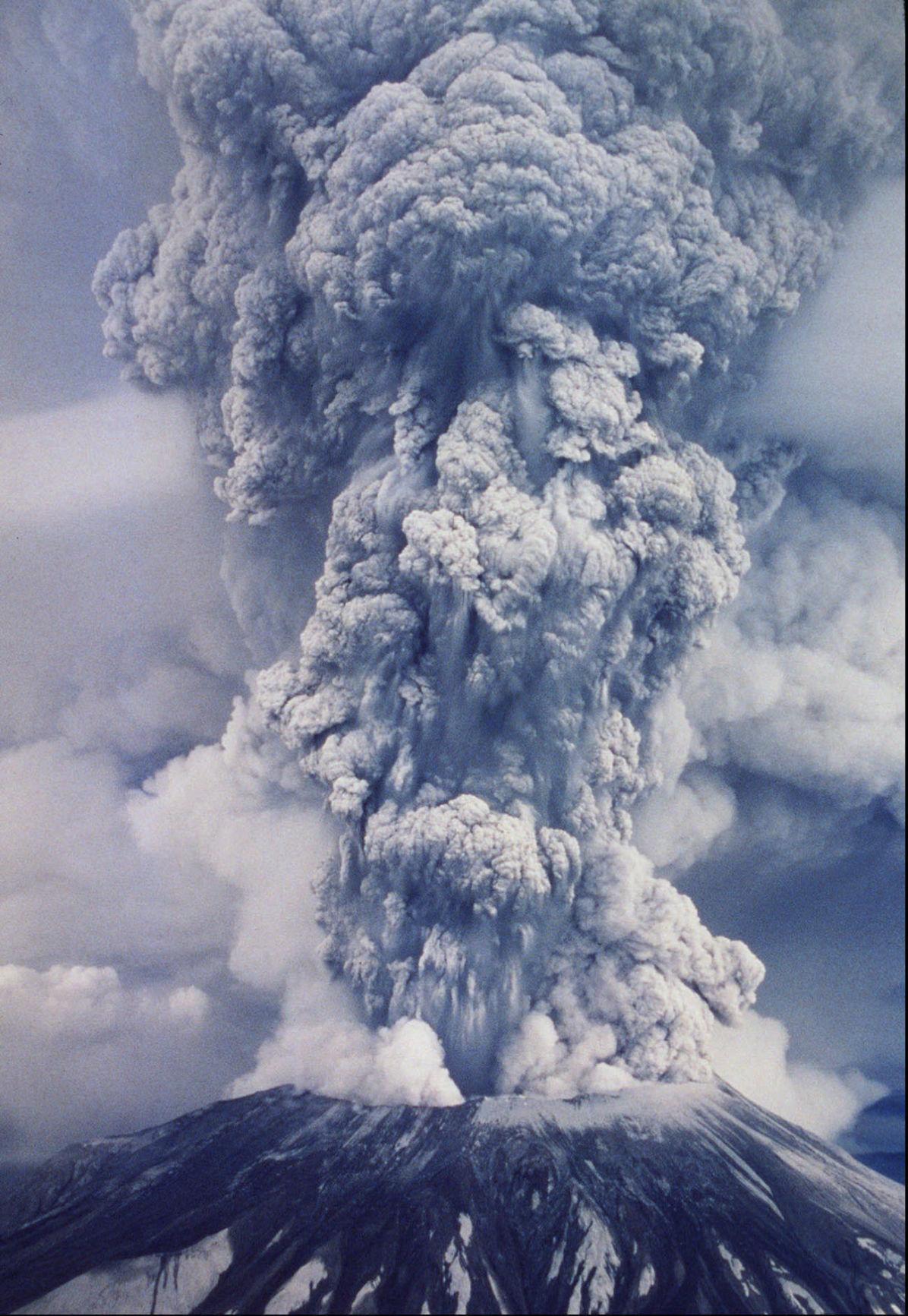 051720-adh-nws-Eruption01