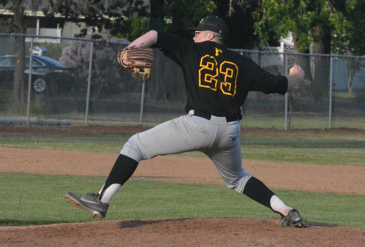 Les & Bob's baseball: Brandn Vogler