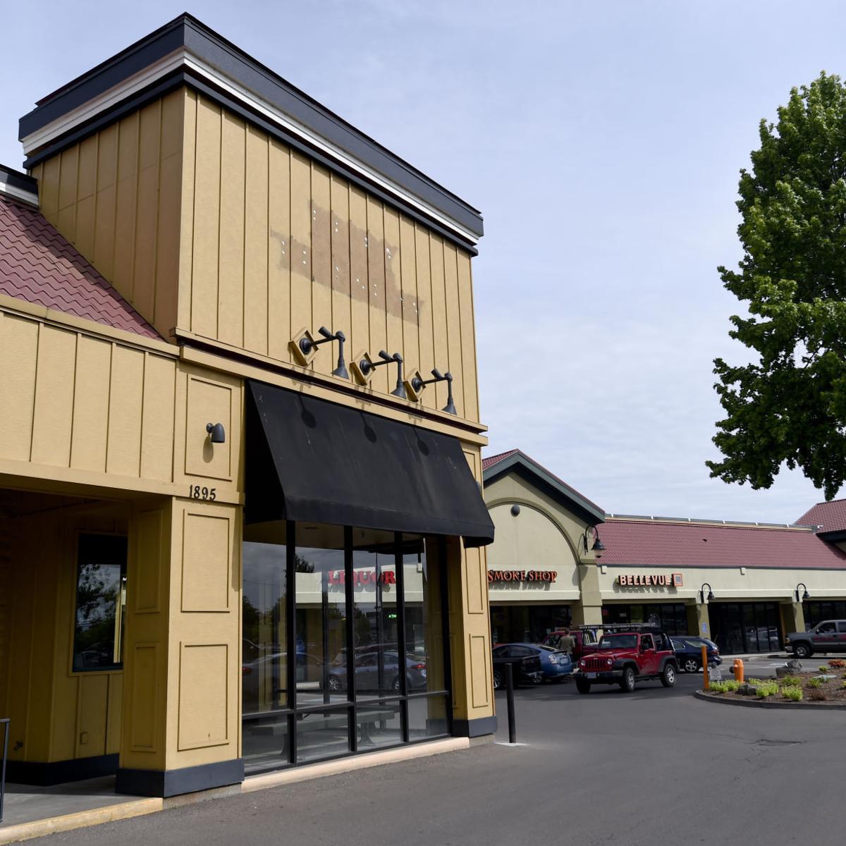 Round Table Pizza Newberg.Round Table Plans Corvallis Sports Pub Local Gazettetimes Com