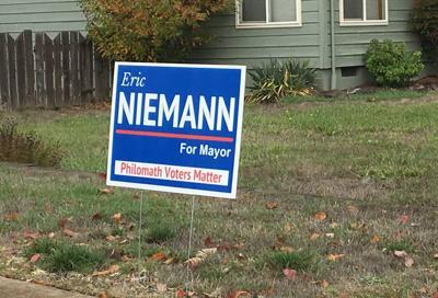 Eric Niemann sign