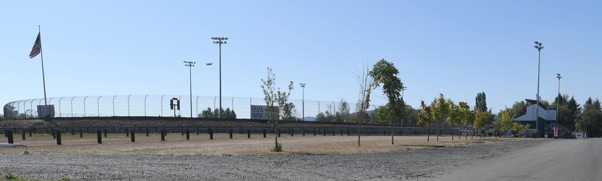 081519-adh-nws-Willamette Speedway03-my