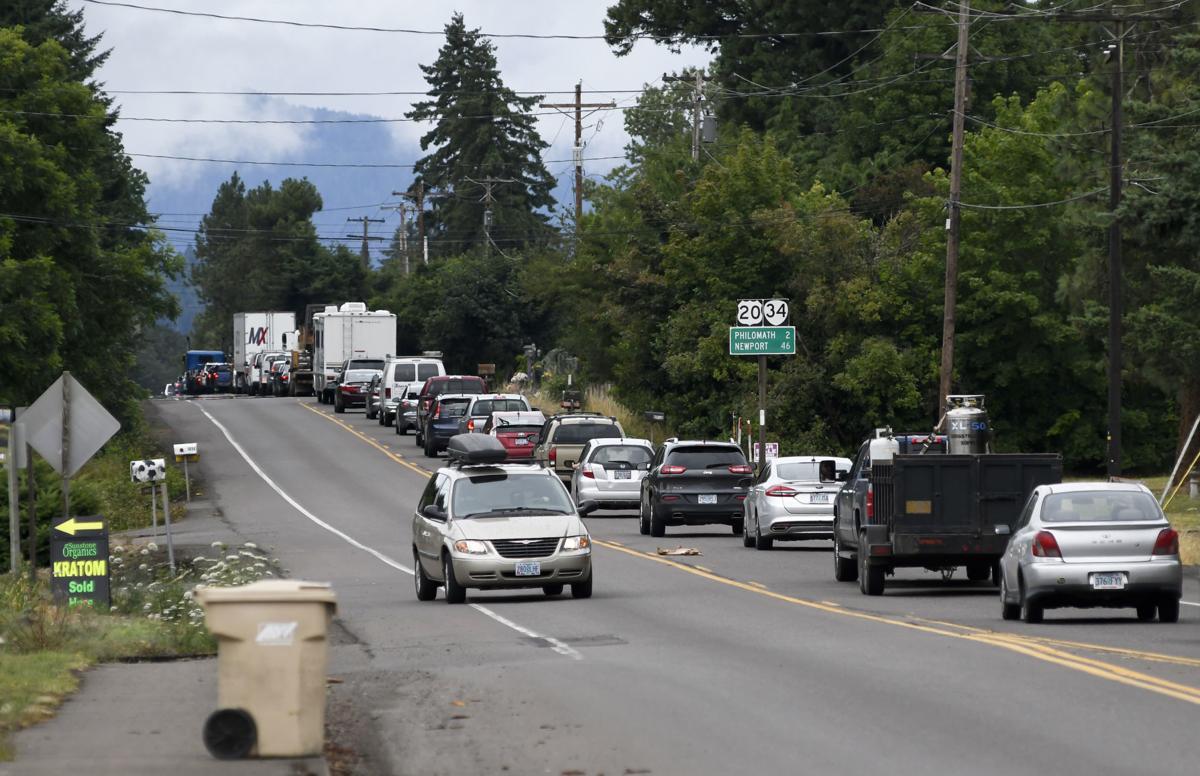 Highway 20 gas leak 01