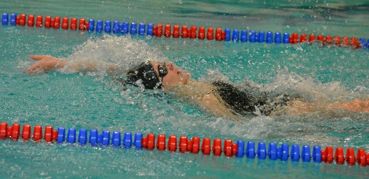 PHS swimming: Vivian Pastor-Infantes