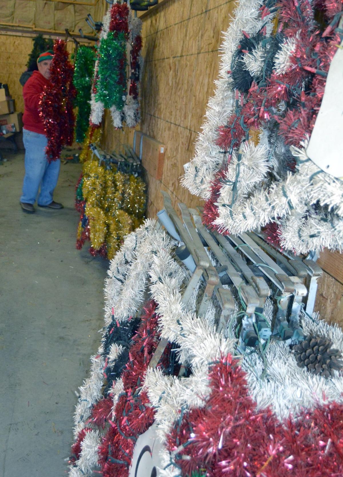 Philomath Christmas decorations