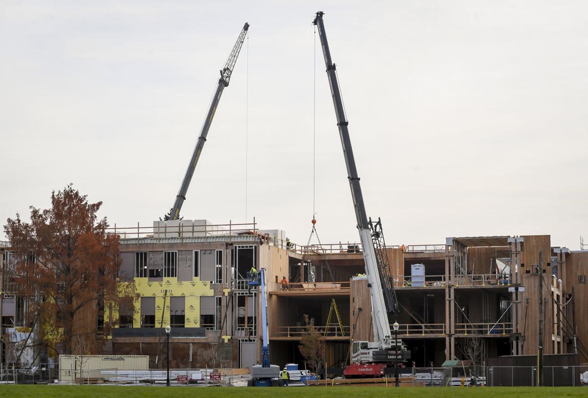Peavy Hall Construction 01