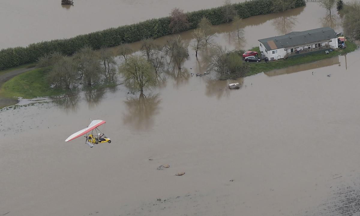 041119-adh-nws-Corvallis Flooding12-my