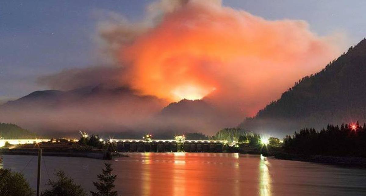 090617-adh-nws-Eagle Creek Fire.jpg (copy)