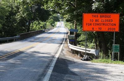 Road closing for bridge repair