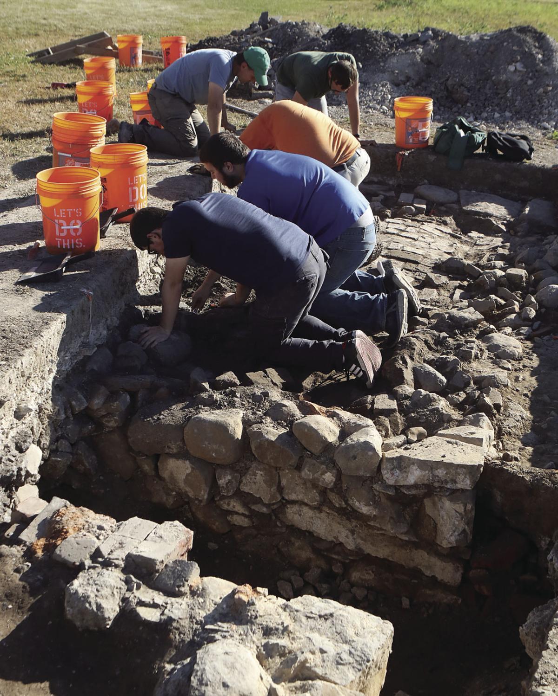 Archological Dig 100417 (1).JPG