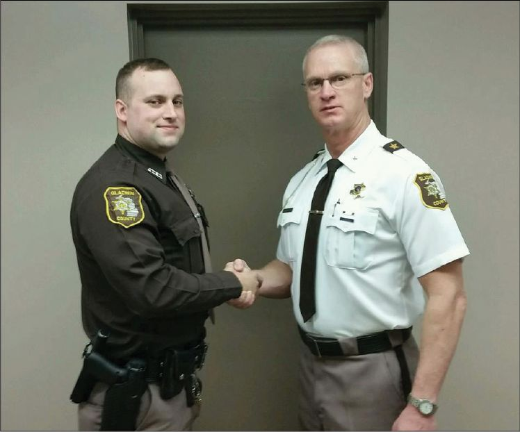 sheriffs department welcomes new deputy