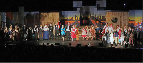The full cast of the show during the curtain call.