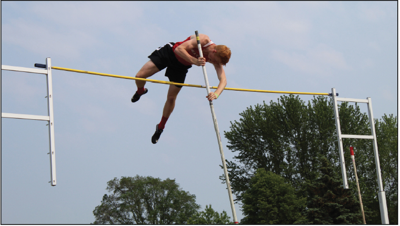 Will Aldrich clears 14' in Saturdays Division 3 State Track Finals.