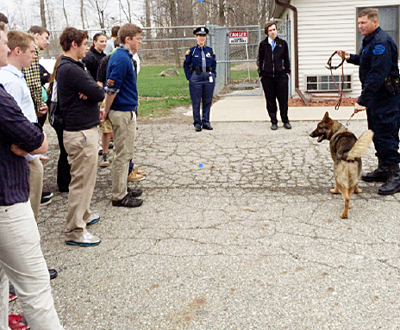 Criminal Justice students tour Gladwin Jail and State Police