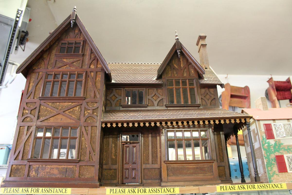 English dollhouse