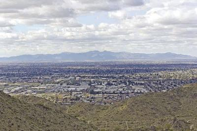 19196673 - west side of valley of the sun - glendale, peoria and phoenix; arizona