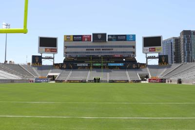 Possibility open for NHL outdoor game at Sun Devil Stadium
