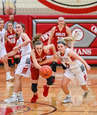 West Hancock girls basketball vs Forest City
