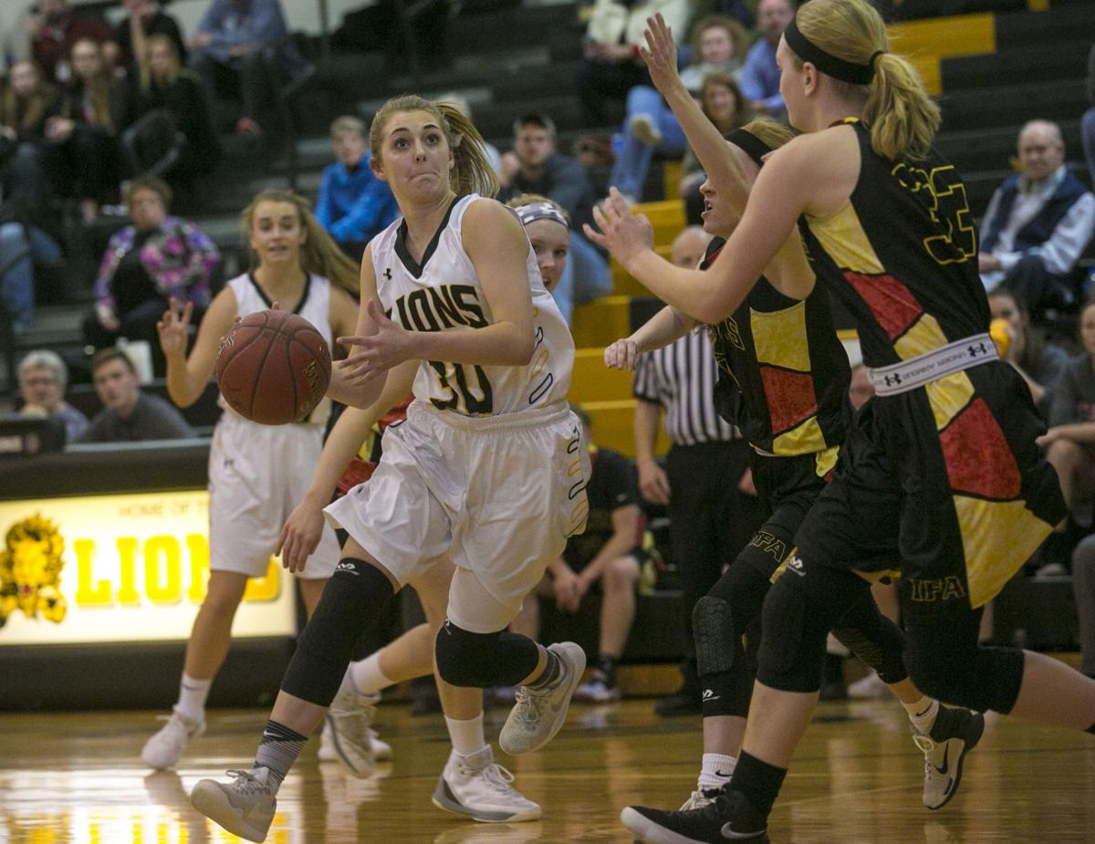 GBBall Clear Lake vs. Iowa Falls-Alden 1