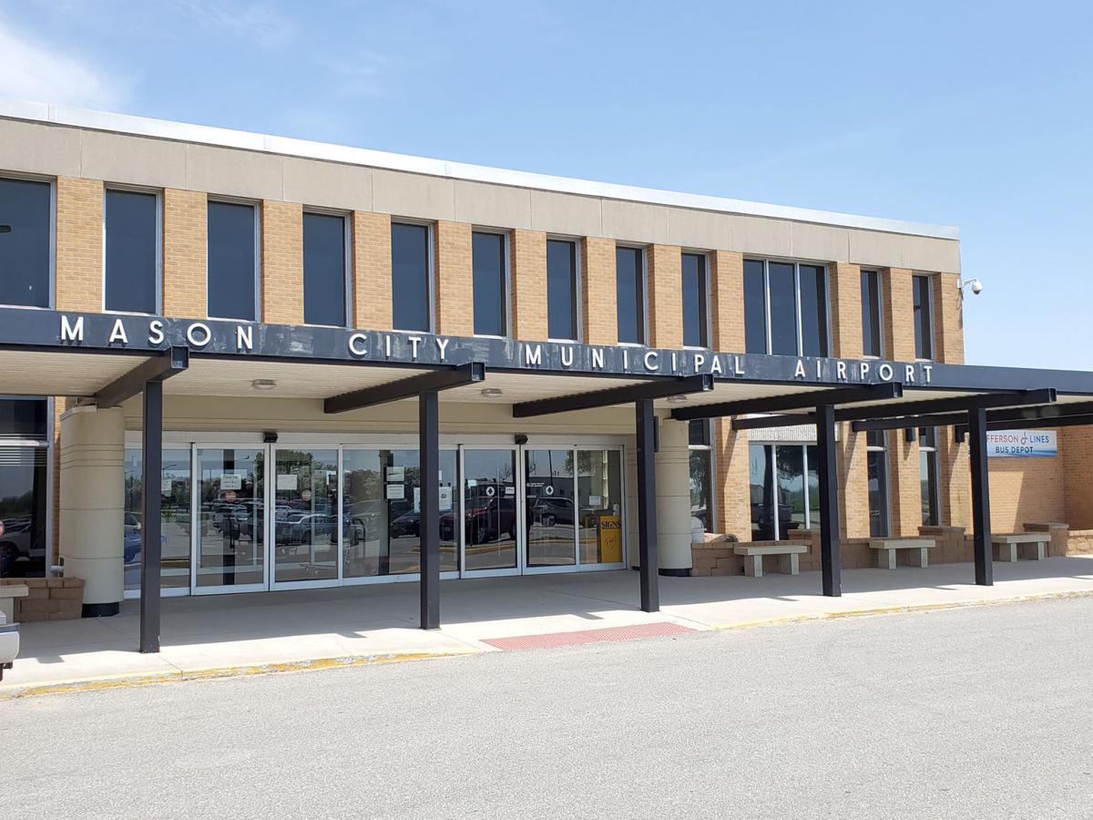 Mason City Municipal Airport