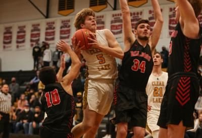 Clear Lake boys survive and advance past Hampton-Dumont-CAL in postseason