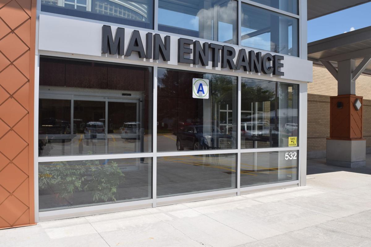 HCHS Entrance 2 .JPG
