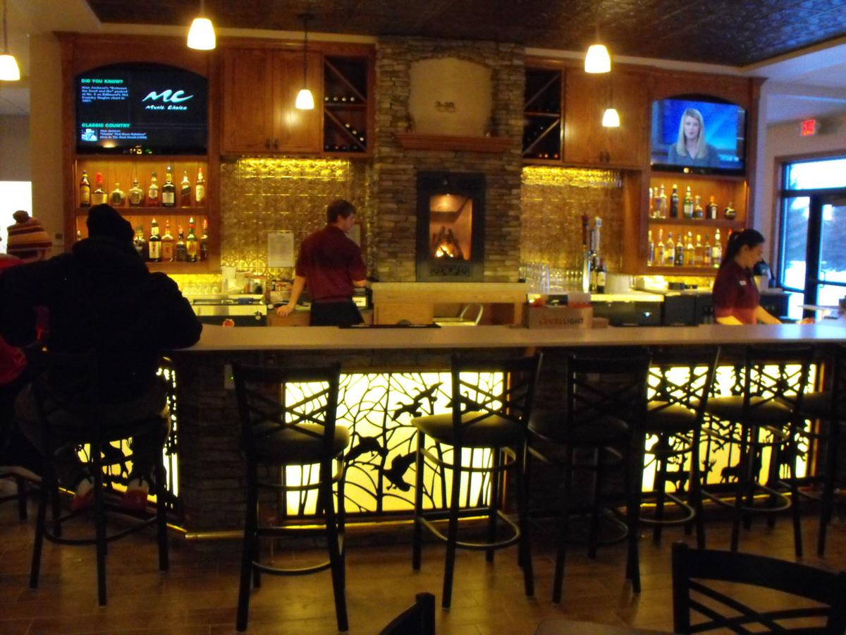 10th Hole Bar and Grill 1