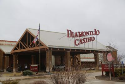 Diamond joes casino minnesota gun lake tribe casino wayland mi