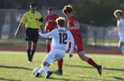 Mason City boys soccer vs Humboldt 04-29-21-Lensing.jpg