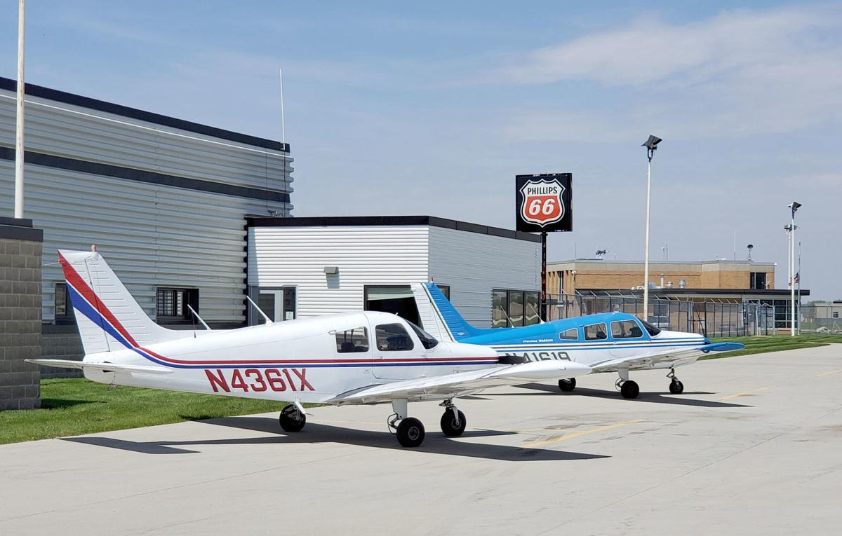 Mason City airport aviation services