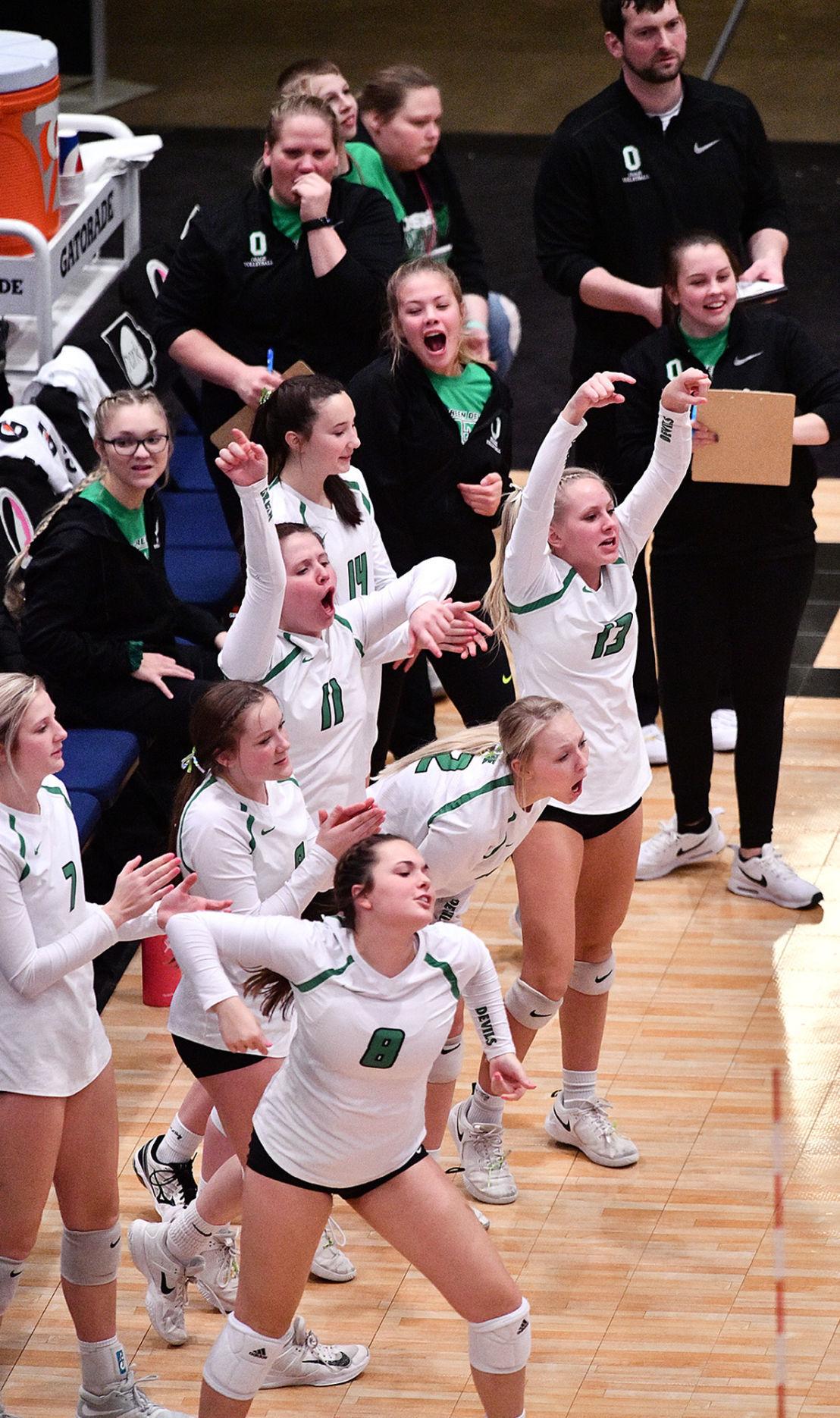 Osage vs Grundy Center state volleyball