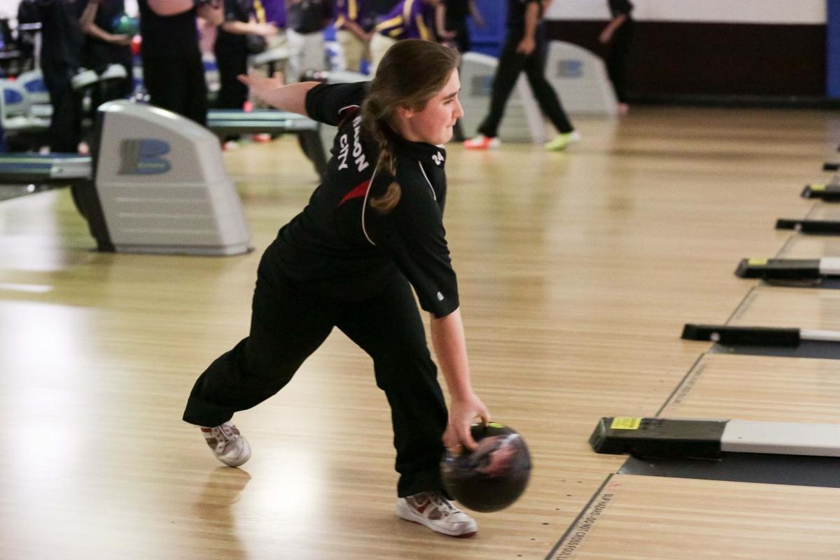 Mason City vs Johnston bowling-05.JPG