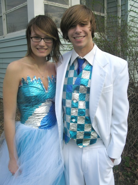 Garner teens have flashy prom attire all wrapped up | Mason City ...