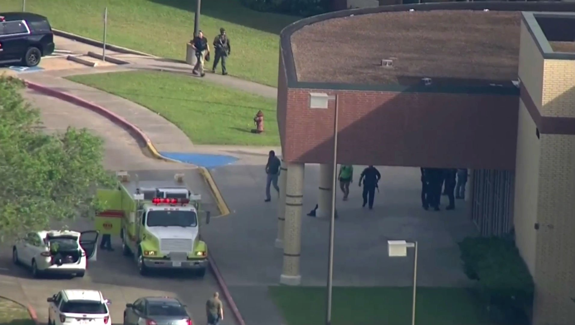 School Shooting Texas Officials Eight to 10 people