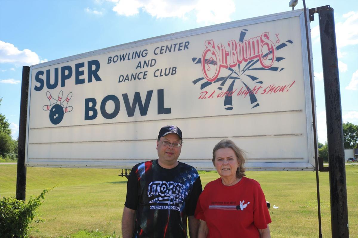 Super Bowl Owners Shawn and Ruth Ann Torgerson