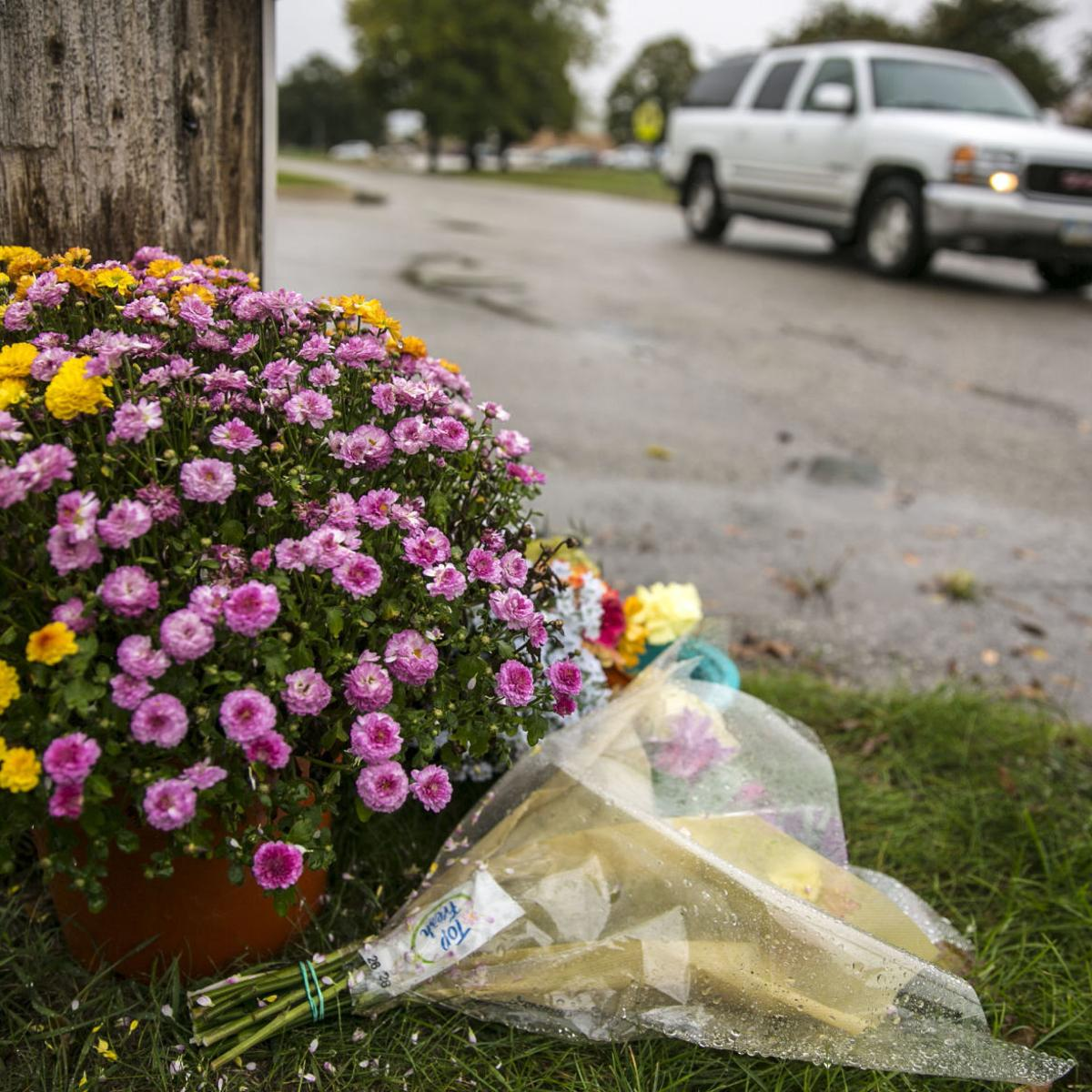 Search warrant issued for driver in fatal Mason City motorcycle