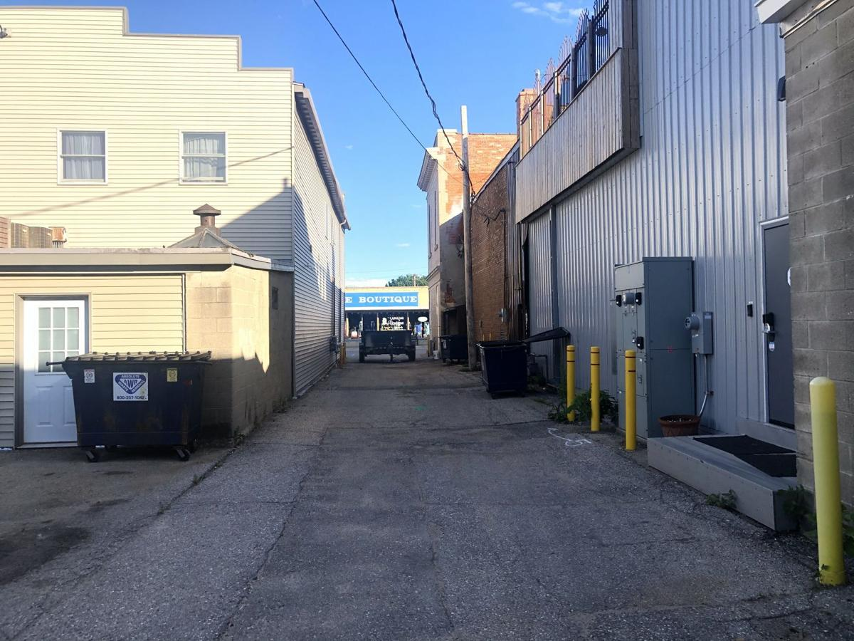 Main Ave. Alley 1