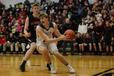 BBBall Clear Lake vs. Algona 11