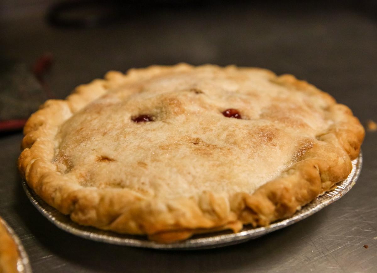 GG's Restaurant - cherry pie