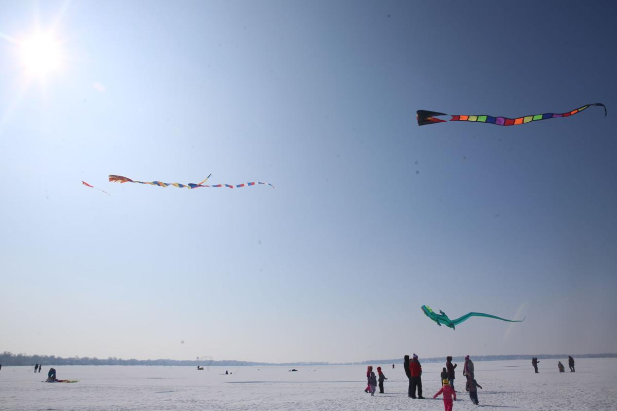 Kites over Clear Lake 1