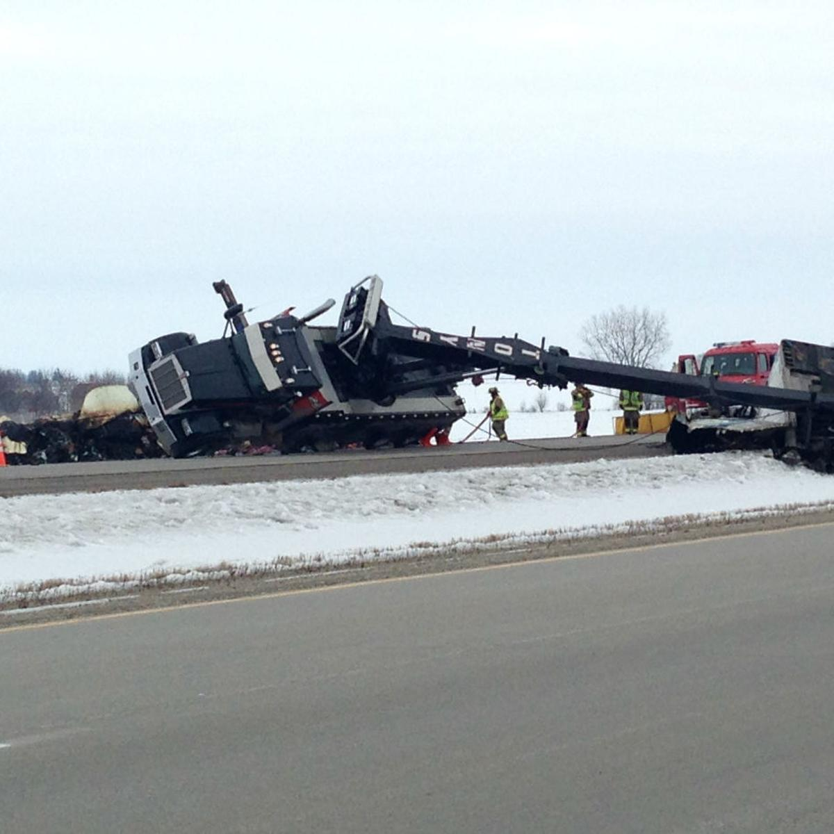 Highway 18 re-opens after hours-long closure near Mason City