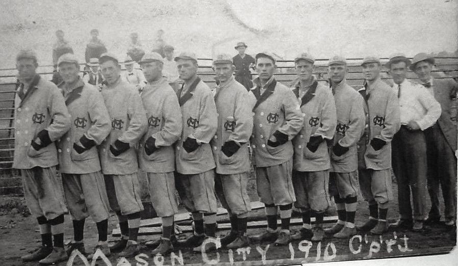 1910 Mason City town ball club