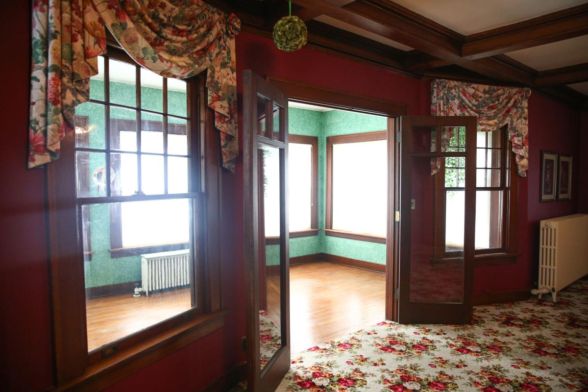 Real Estate Extra: Vintage Mason City home has character