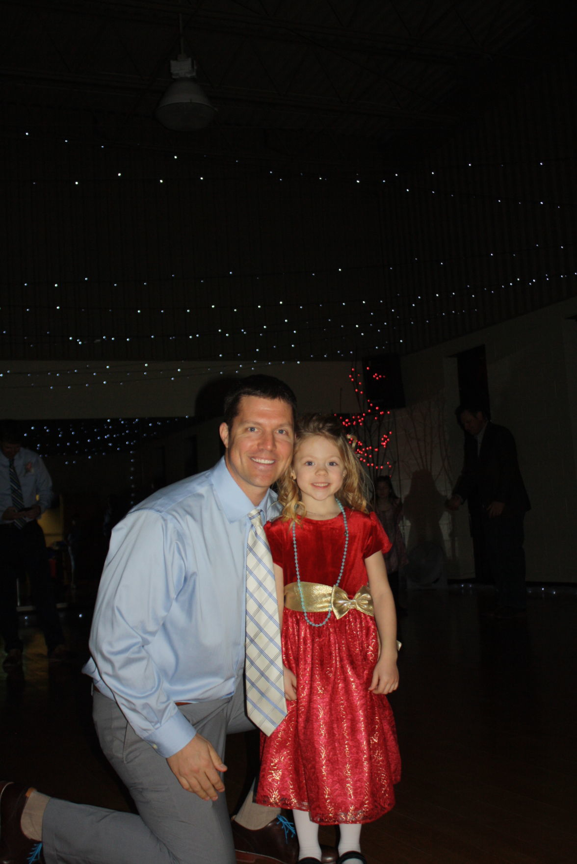 daddy daughter dance held at ymca forest city summit