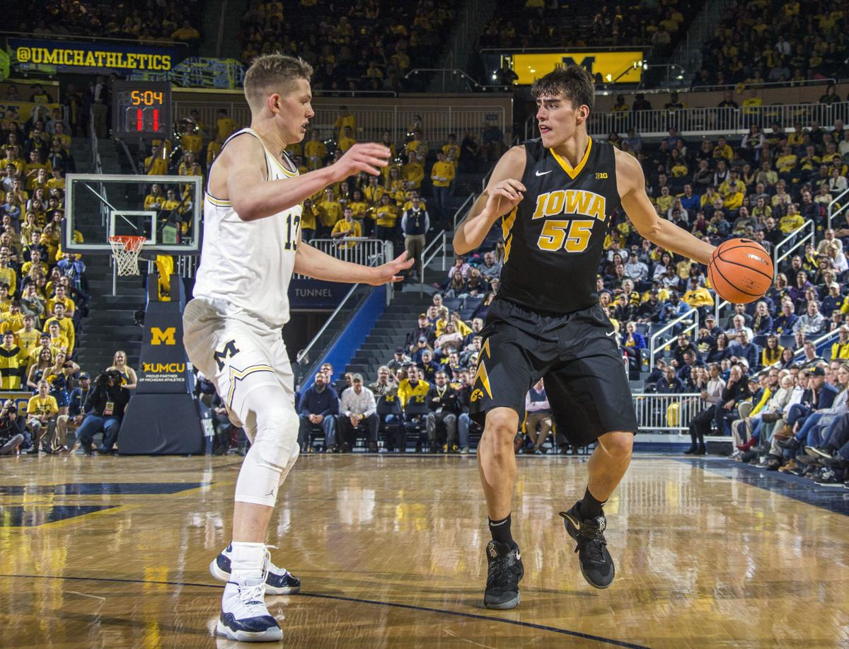 Iowa Michigan Basketball