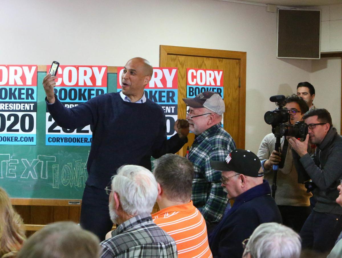 Cory Booker stop in Mason City 02-08-2019