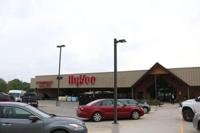 Hy-Vee Outside